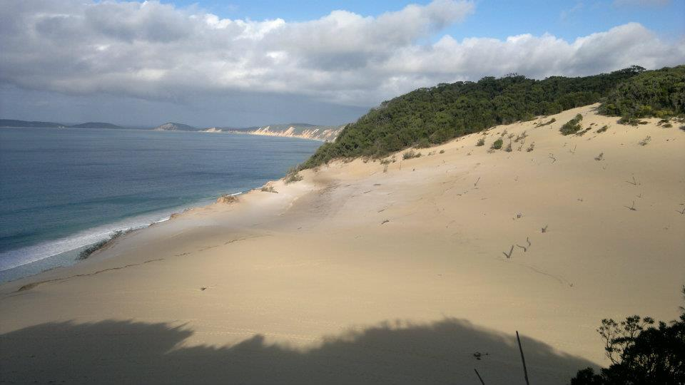 Sanddüne bei Rainbow Beach